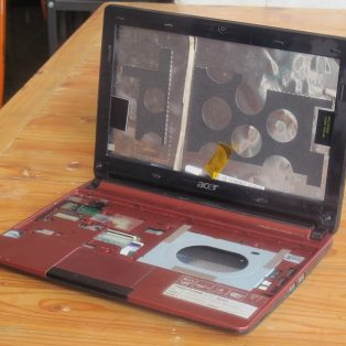 Jual Casing Laptop ACER ASPIRE ONE D257 bekas