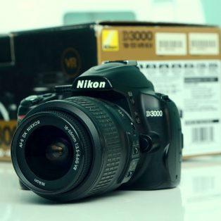 Jual Camera Nikon D3000 + lens kit 18-55mm