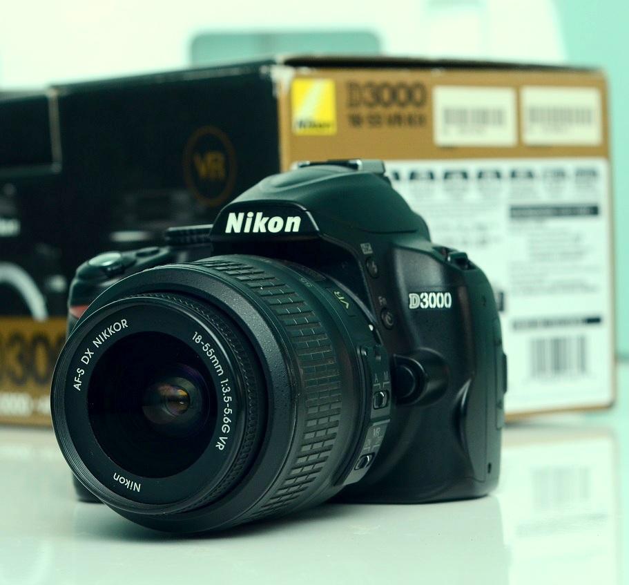 Jual Camera Nikon D3000 + lens kit 18-55mm bekas