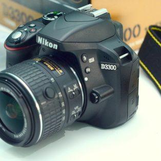 Jual nikon D3300 + lensa 18-55mm VR2