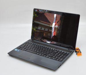 Acer Aspire 5749 Bekas