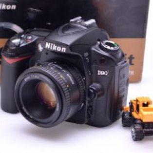 Jual Kamera DSLR Nikon D90+Lensa Fix 50mm Bekas