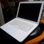 Jual Macbook White Bekas