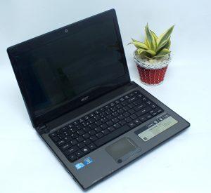 www.laptopmalang.com;