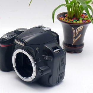 Jual Kamera 2nd Nikon D3100  Body Only