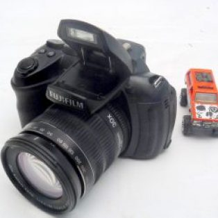 Jual Fujifilm Finepix HS25EXR Seken