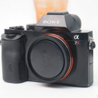 Jual Sony A7R 2nd Body Only