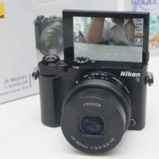 Jual Mirrorless Nikon J5 Wifi – Fullset Bekas