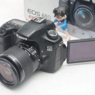 Kamera 2ndCanon Eos 60D : Lensa Canon 18-55mm