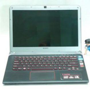 Jual Laptop Sony Vaio SVE14A15FGB Bekas