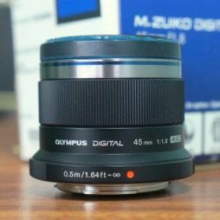 Lensa Olympus M.Zuiko 45mm f1.8