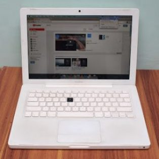 Jual Macbook White Core 2 Duo Bekas