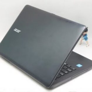 Jual Laptop bekas Acer One Z1402