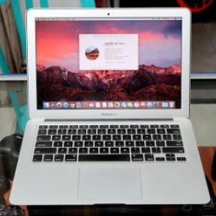 Jual Macbook Air 13 Core i5 Mid 2012