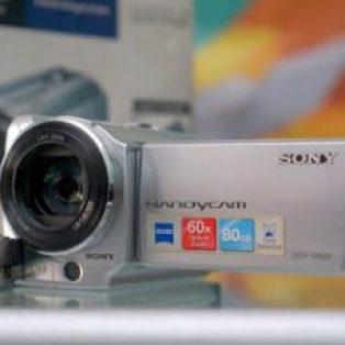 Jual Handycam bekas – Sony DCR-SR68e