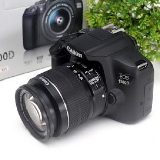 Canon EOS 1300D DSLR Bekas