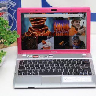Jual Laptop Sony Vaio VPCYB15AG Bekas