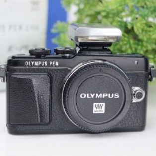 Jual Mirrorless Olympus E-PL7 Second